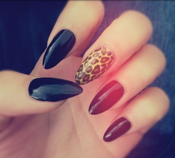 Alysa Queen Black-And-Leopard-Almond-Shaped-Nail-Art-Design