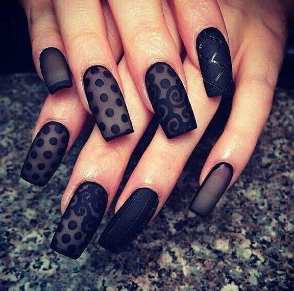 Black-Lace-Nail-Design Elegant Black Nail Art Designs