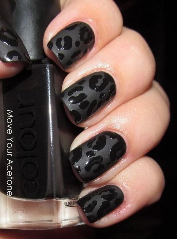 Black-Leopard-Manicure-For-Short-Nails Elegant Black Nail Art Designs
