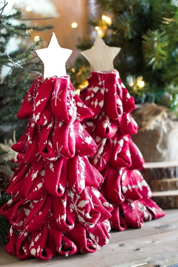 DIY-Nordic-Sweater-Mini-Christmas-Trees Elegant Christmas Decorating Ideas