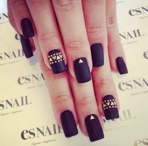 Matte-Black-Nails-With-Gold-Studs Elegant Black Nail Art Designs