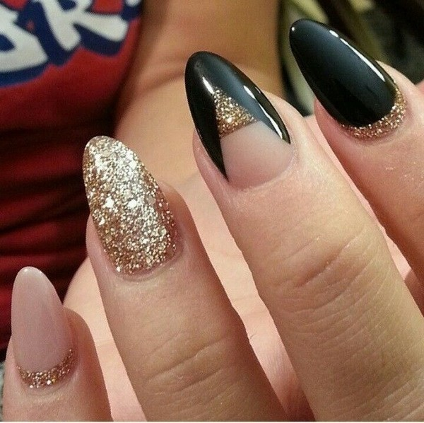 Alysa Queen Nude-Black-And-Gold-Glitter-Almond-Nails