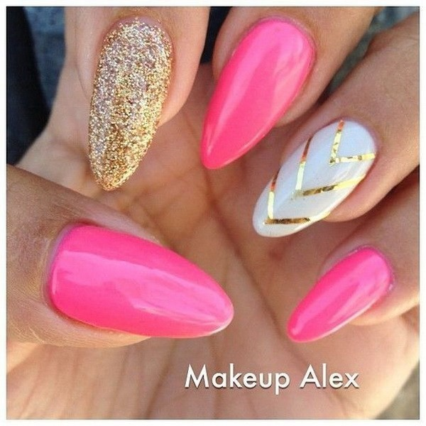 Alysa Queen Pink-And-White-Almond-Nails-With-Gold-V-Shaped-Strips