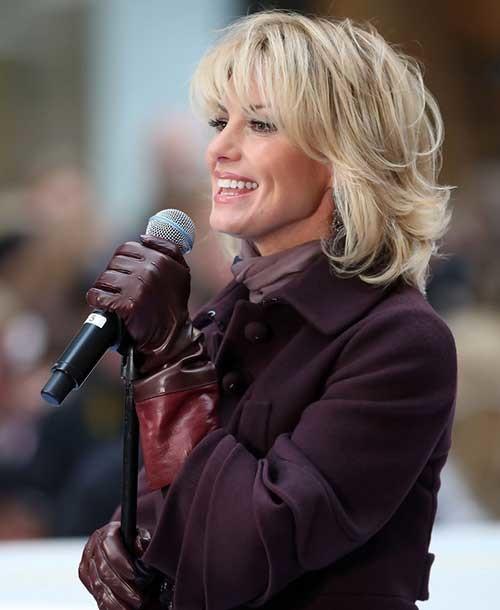 Short-Lenght-Blonde-Layered-Haircut Short Length Haircuts 2020