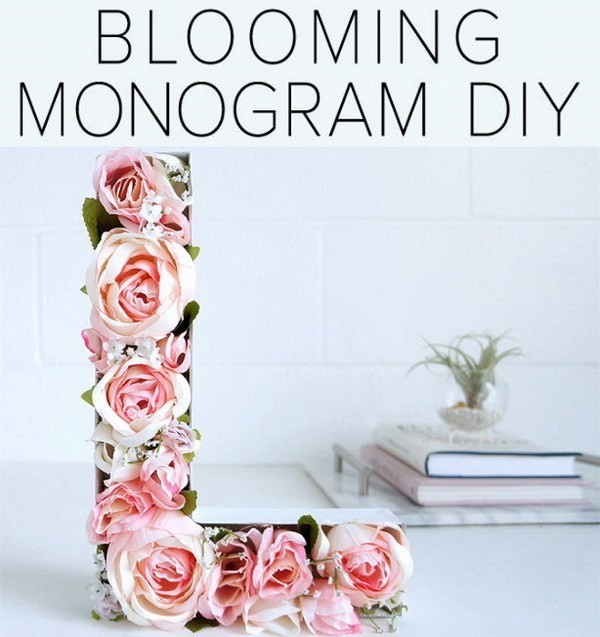 Blooming-Monogram-DIY Sweet DIY Valentine's Day Decoration Ideas