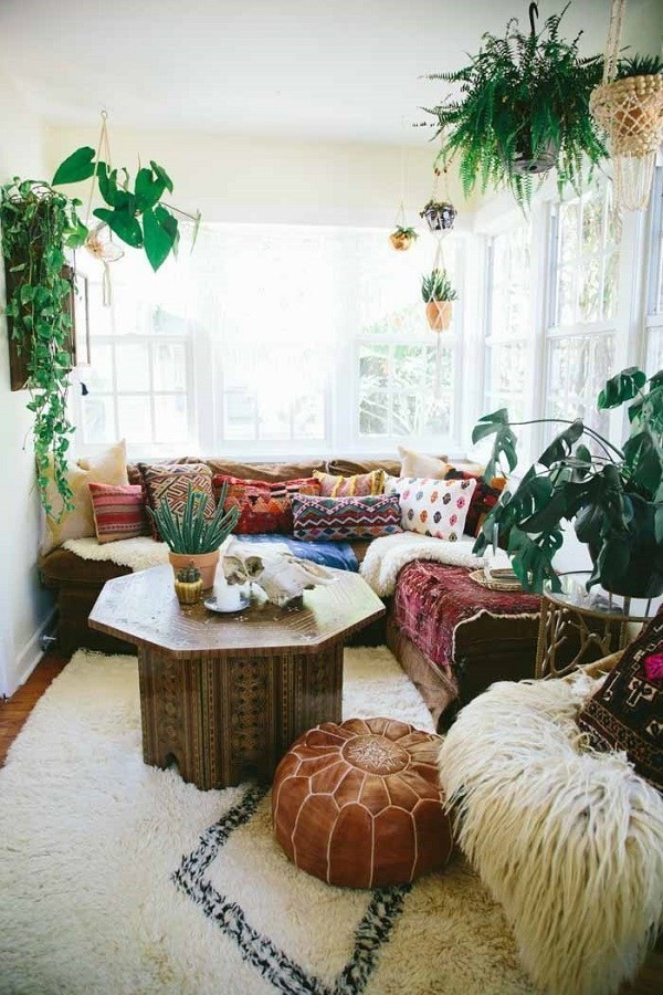 Boho-style-living-room-ideas Chic Bohemian Interior Design Ideas
