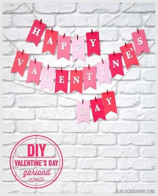 DIY-Valentine's-Day-Garland Sweet DIY Valentine's Day Decoration Ideas
