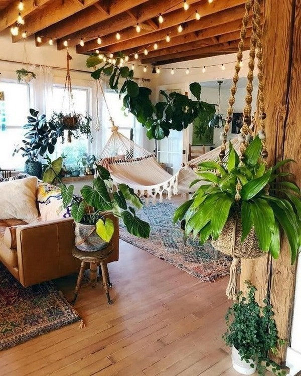 Eclectic-bohemian-decorating-style Chic Bohemian Interior Design Ideas