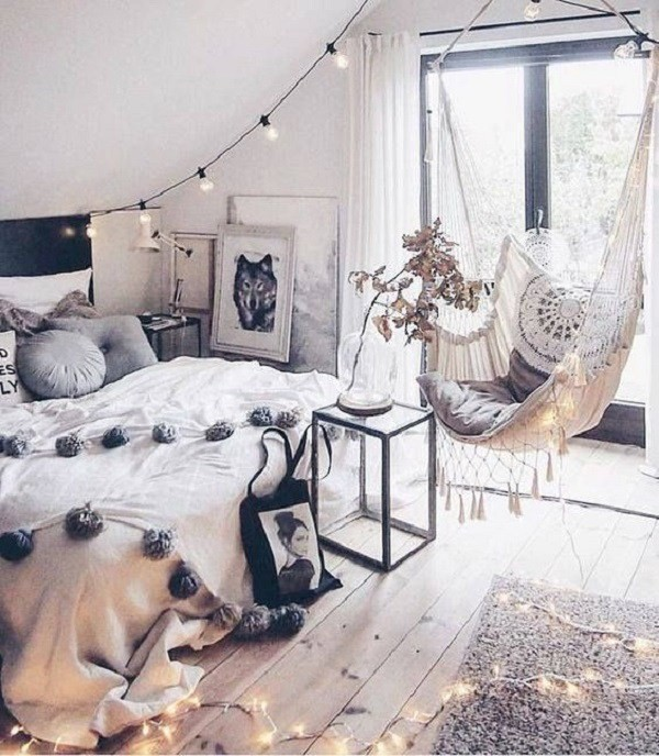 Modern-bohemian-interior-design-with-hammock Chic Bohemian Interior Design Ideas