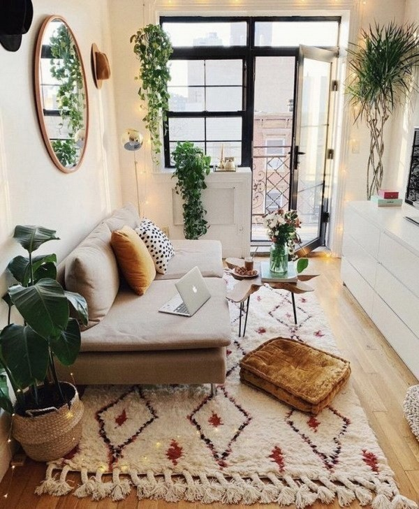 Plant-filled-bohemian-style-apartment Chic Bohemian Interior Design Ideas