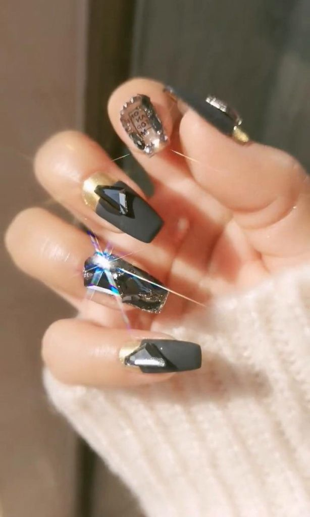 Rhinestone-Nail-Art-Ideas-2 2020 Nail Trends to Inspire Your Next Manicure #1 -  DIY Nails Compilation