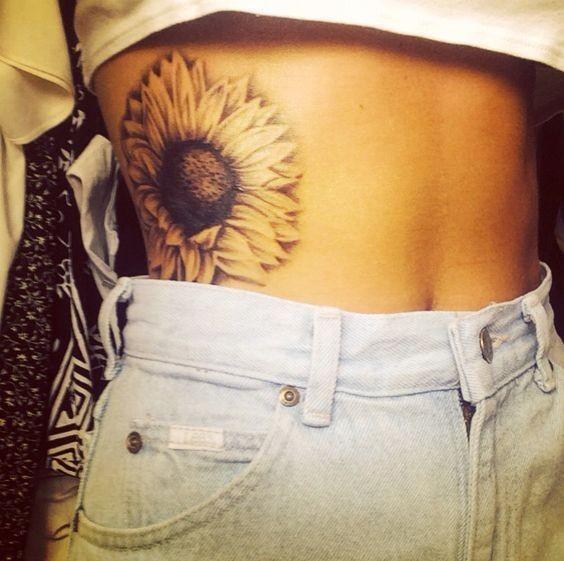 Sexy-Sunflower-Girl-Tattoo Amazing Sunflower Tattoo Ideas