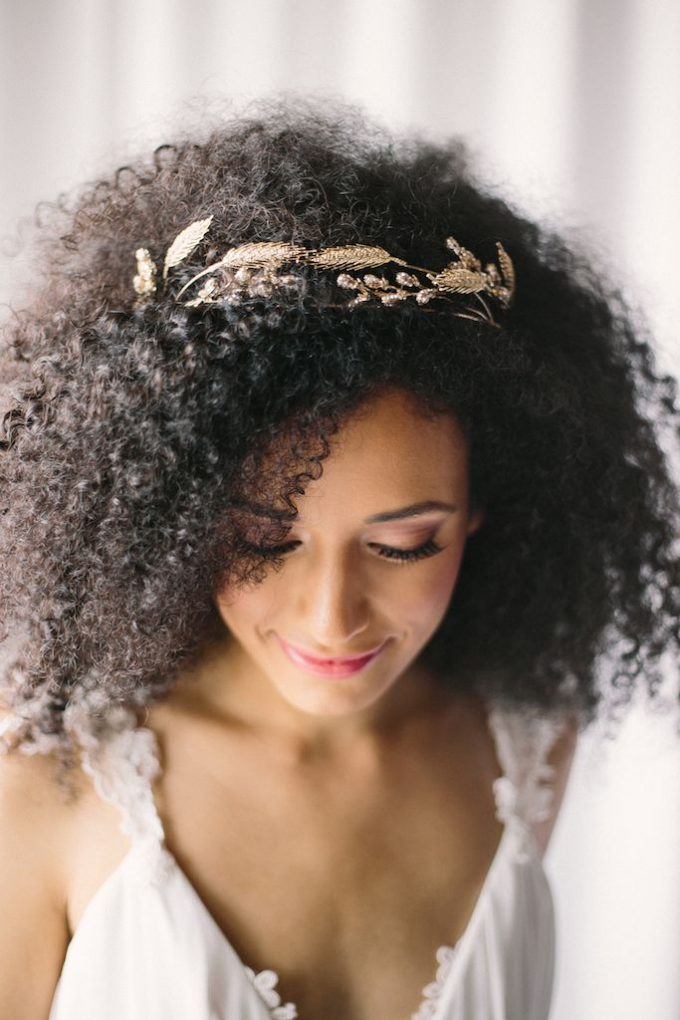 Bridal-Hair-Ideas-To-Look-Fabulous-010-ohfree.net_ Bridal Hair Ideas To Look Fabulous On Your Wedding Day