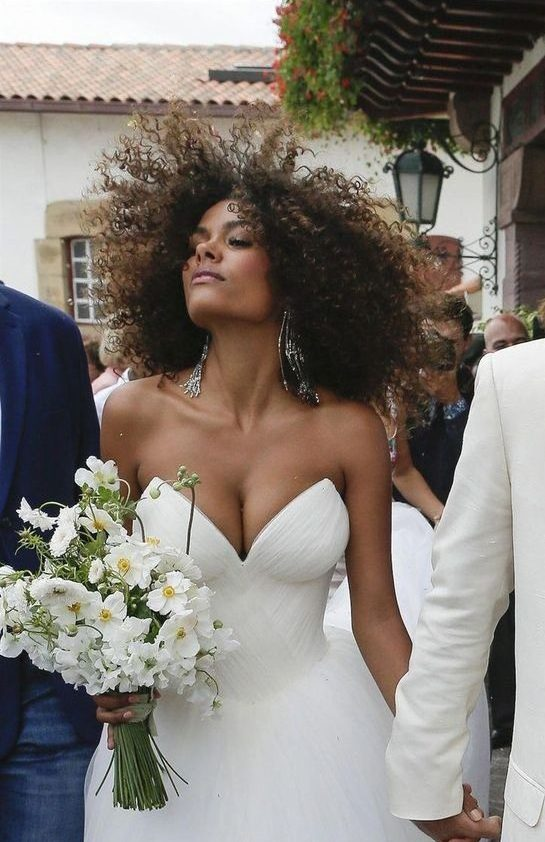Bridal-Hair-Ideas-To-Look-Fabulous-011-ohfree.net_ Bridal Hair Ideas To Look Fabulous On Your Wedding Day
