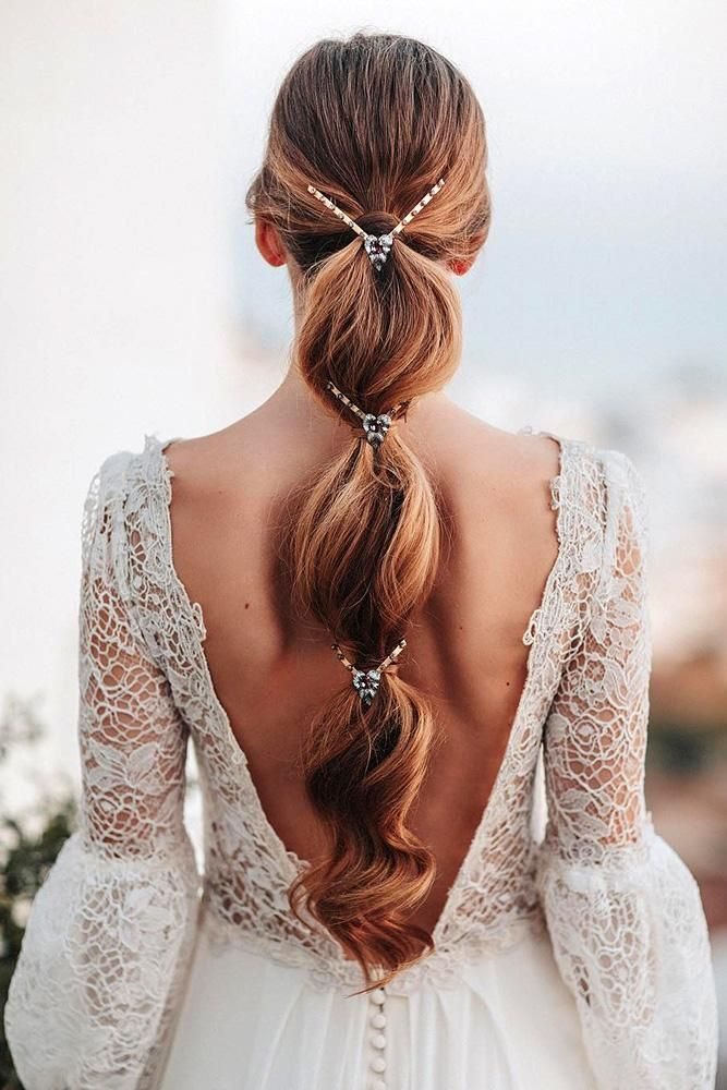 Bridal-Hair-Ideas-To-Look-Fabulous-025-ohfree.net_ Bridal Hair Ideas To Look Fabulous On Your Wedding Day