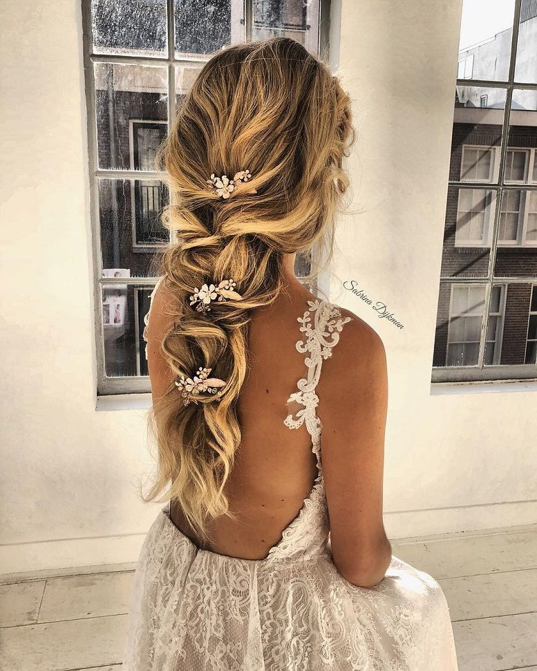 Bridal-Hair-Ideas-To-Look-Fabulous-031-ohfree.net_ Bridal Hair Ideas To Look Fabulous On Your Wedding Day