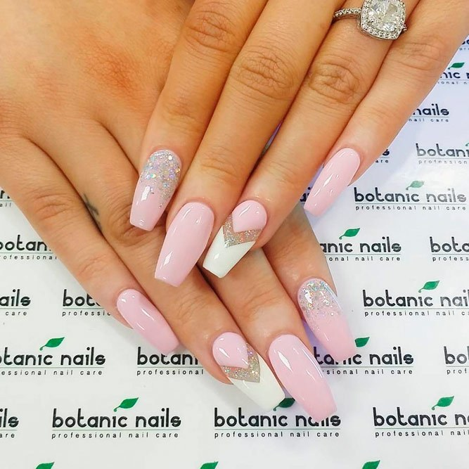 Classy-long-nails-with-white-pink-and-glitters Perfect Ideas for Pink Nails to Finish Feminine Look