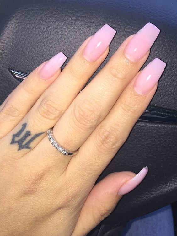 Ombre-nail-designs-with-the-pink-and-white-color-combination. Perfect Ideas for Pink Nails to Finish Feminine Look