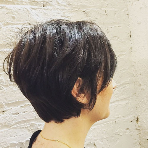 Short-Layered-Hairstyles-for-Thin-Hair-10 Beautiful Short Layered Hairstyles for Thin Hair in 2020