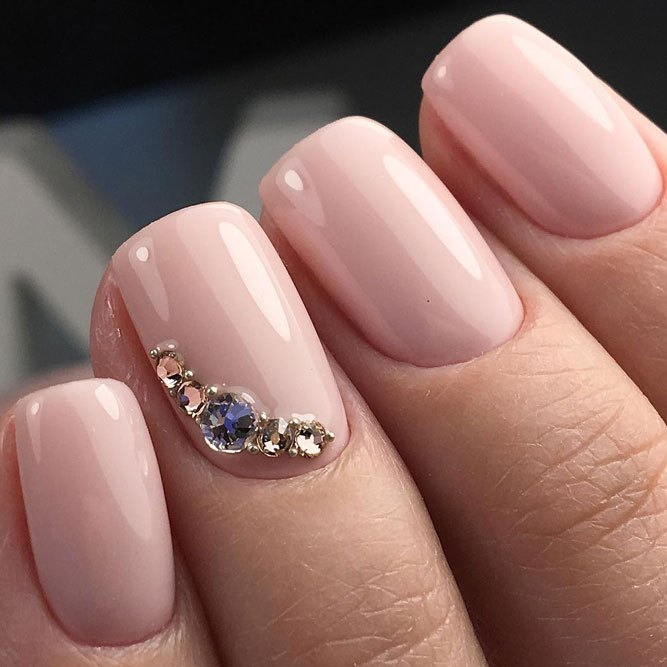 Short-nails-with-pale-pink-and-rhinestone Perfect Ideas for Pink Nails to Finish Feminine Look