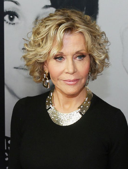 Stylish-Hairstyle-for-Over-50 20 Amazing Short Curly Hairstyle for Round Faces