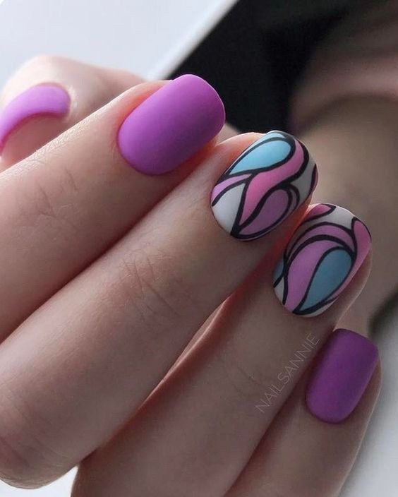 26-abstract-nail-art-ideas Cool Abstract Nail Art Ideas