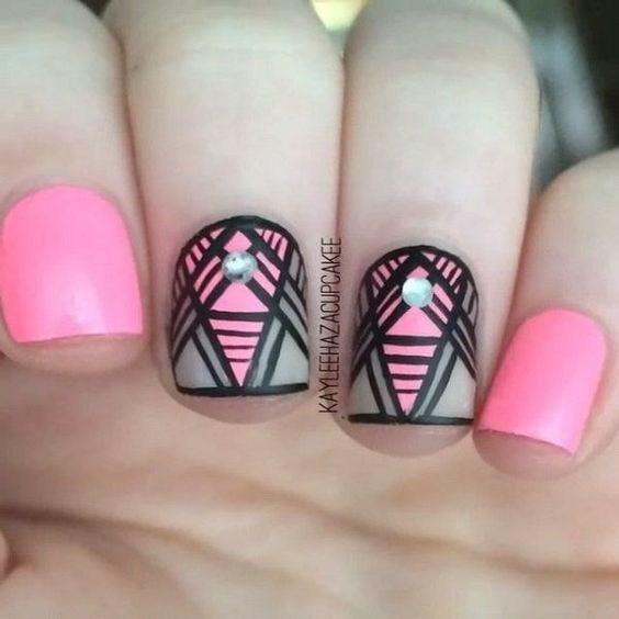 43-abstract-nail-art-ideas Cool Abstract Nail Art Ideas
