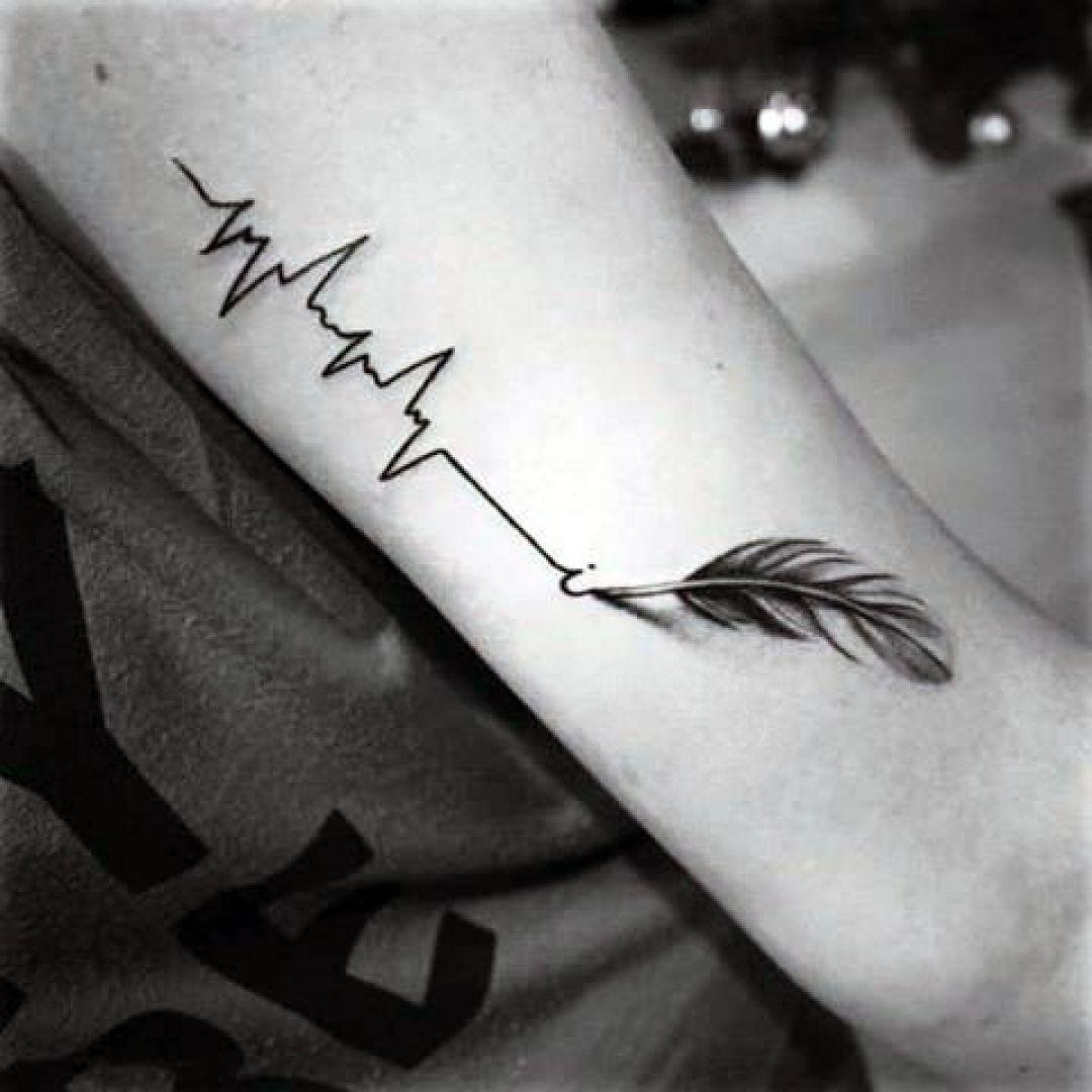 Brilliant-Feather-Tattoo-Designs-to-Impress-2 Brilliant Feather Tattoo Designs Try In 2020