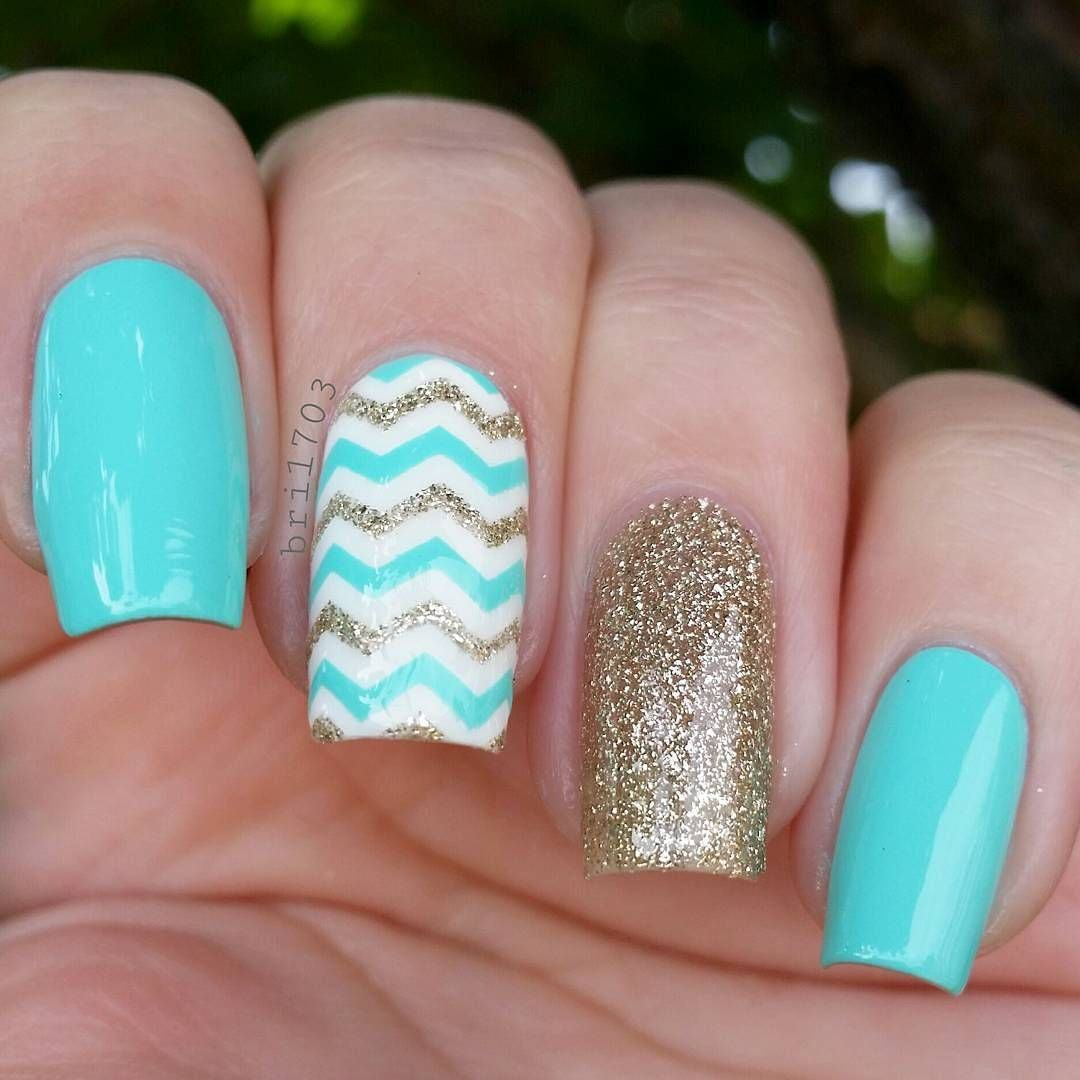 Zigzag-nail 10 HOTTEST NAIL TRENDS TO TRY IN 2020