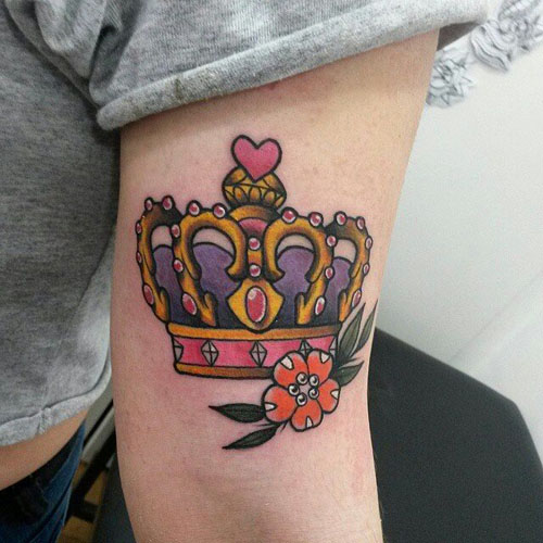 crown-tattoos-10 20 Brilliant Crown Tattoos You'll Need To See