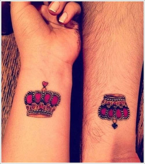 crown-tattoos-12-1 20 Brilliant Crown Tattoos You'll Need To See
