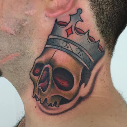 crown-tattoos-17 20 Brilliant Crown Tattoos You'll Need To See